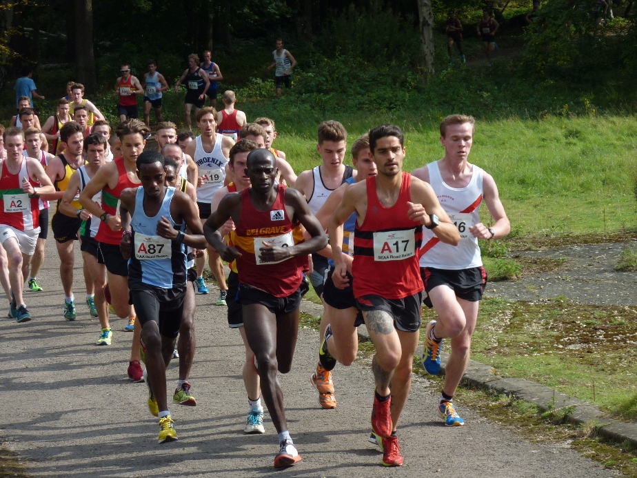 Mo Aadan makes a flying start at the front of the field to come home in 2nd place.